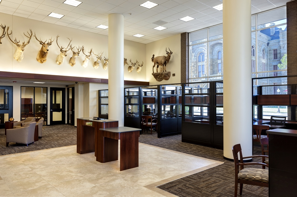 Design Build Projects: Peoples State Bank Lobby & Office Panel Systems