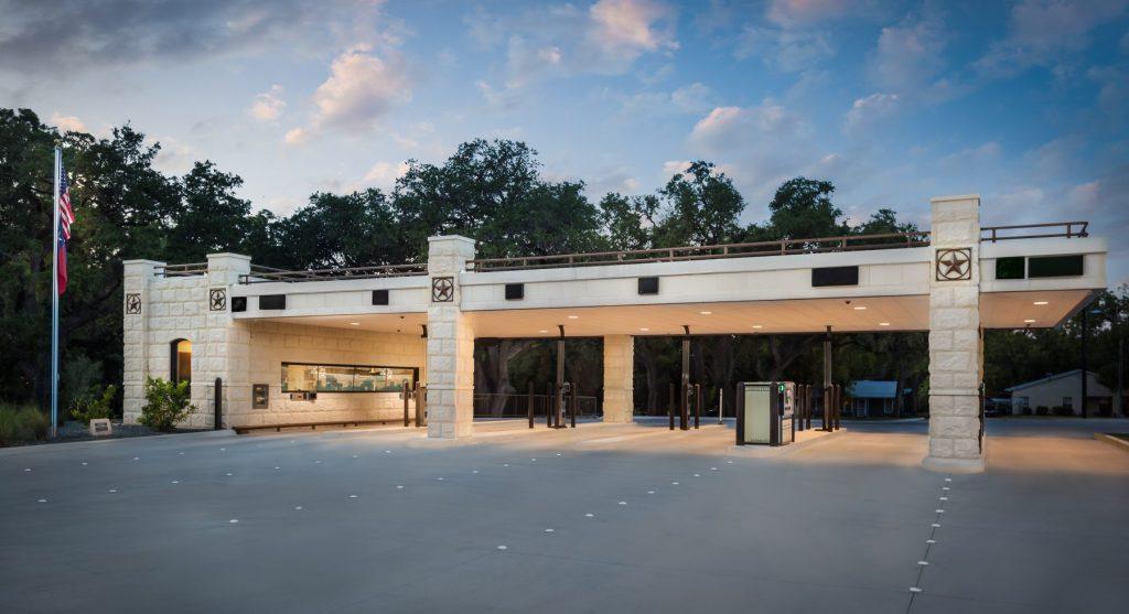 Design Build Projects: Johnson City Bank Exterior